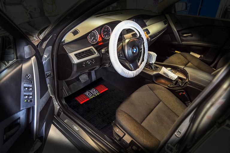 Engangs beskyttelses kit til biler indvendig